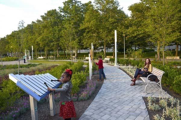 Yantzee in Dorrian Green park